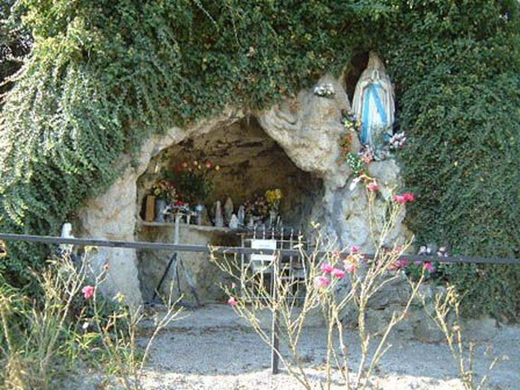 grotte rognée