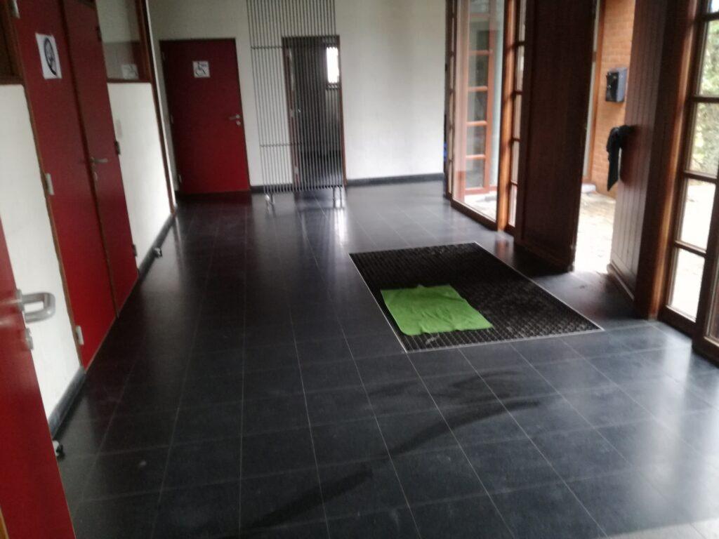 Salle Walcourt 02